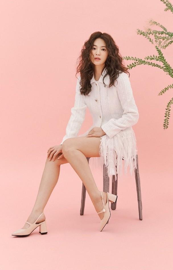 Song Hye Kyo U40 vẫn trẻ đẹp đầy quyến rũ ảnh 1