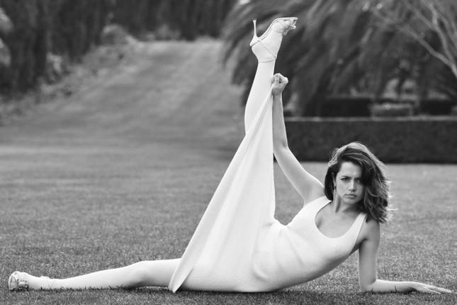 Bond girl 8x Ana de Armas quyến rũ tựa nữ thần sắc đẹp ảnh 14