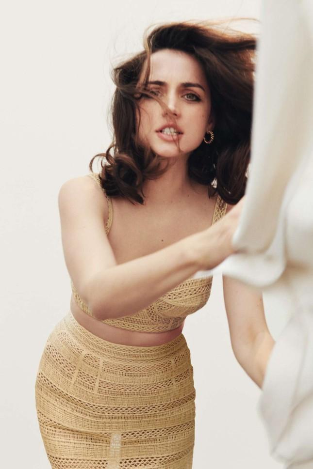 Bond girl 8x Ana de Armas quyến rũ tựa nữ thần sắc đẹp ảnh 9