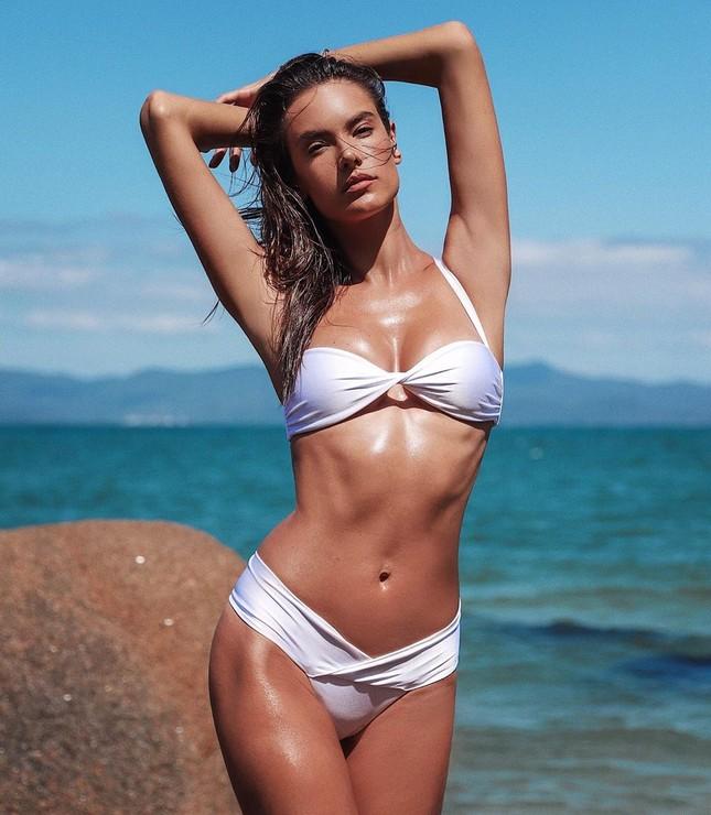 Mỹ nhân áo tắm Alessandra Ambrosio phô diễn hình thể tạc tượng ảnh 6
