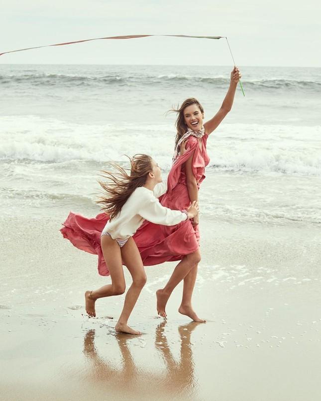 Mỹ nhân áo tắm Alessandra Ambrosio phô diễn hình thể tạc tượng ảnh 12