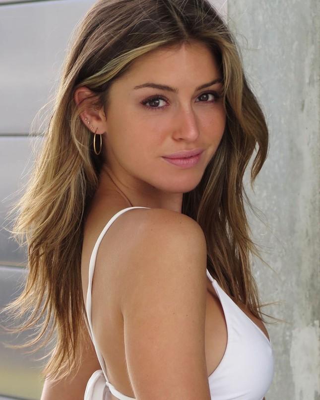 Gigi Paris tung ảnh áo tắm gợi cảm ngất ngây ảnh 1