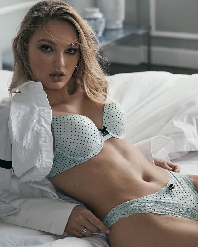 Victoria's Secret tung ảnh nội y với người mẫu ngoại cỡ và chuyển giới ảnh 3