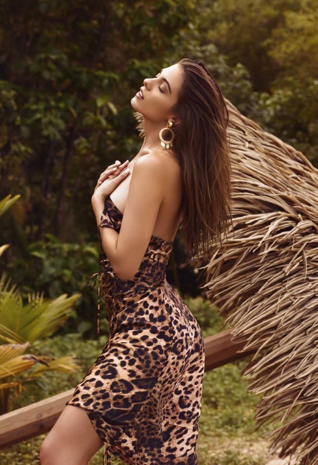 Người đẹp Carmella Rose diện áo tắm hở bạo 'nhức mắt' ảnh 3