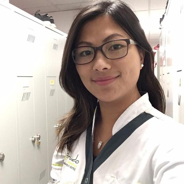 'Cô gái H'Mông' kể chuyện làm việc ở bệnh viện Bỉ giữa đợt dịch ảnh 3