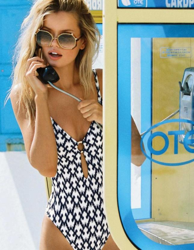 Mỹ nhân tóc vàng Frida Aasen diện bikini nóng bỏng đón hè ảnh 5
