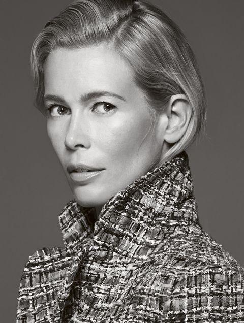 Claudia Schiffer 49 tuổi vẫn 'nóng rực' như quả bom gợi cảm ảnh 7