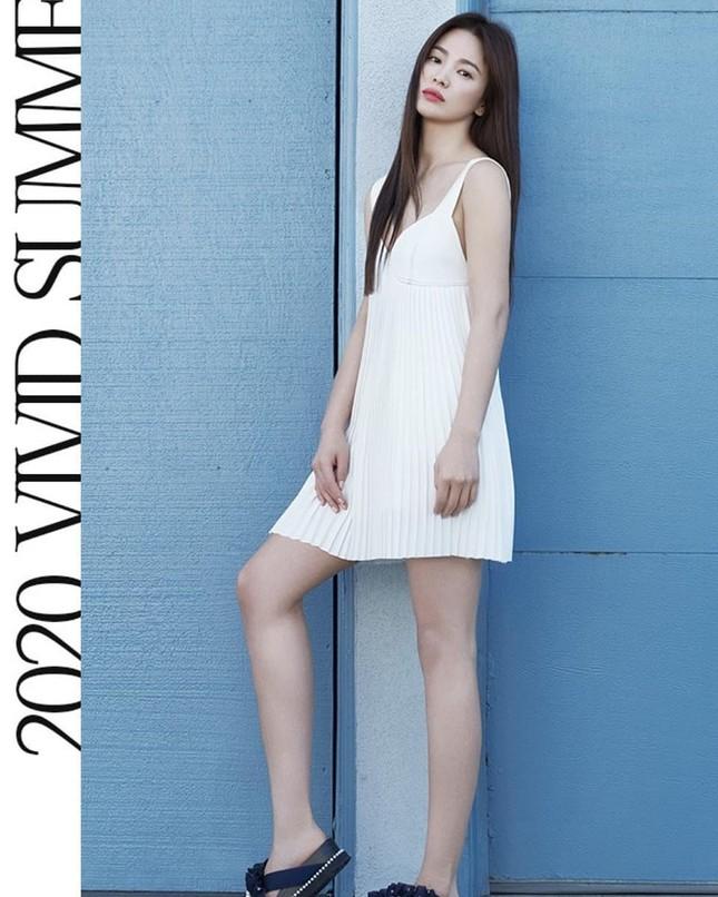 Song Hye Kyo trẻ đẹp tươi tắn ở tuổi 38 khiến các fan trầm trồ ảnh 17