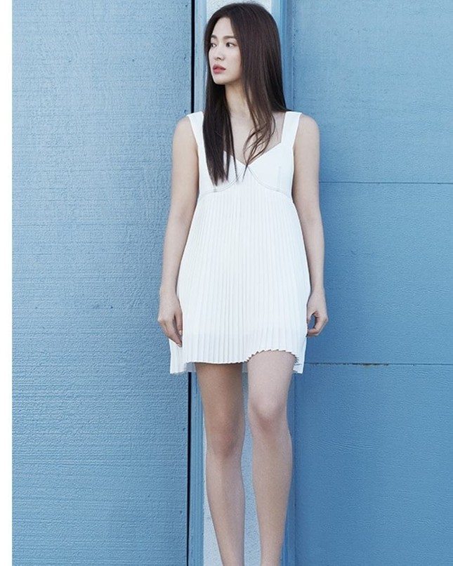 Song Hye Kyo trẻ đẹp tươi tắn ở tuổi 38 khiến các fan trầm trồ ảnh 18