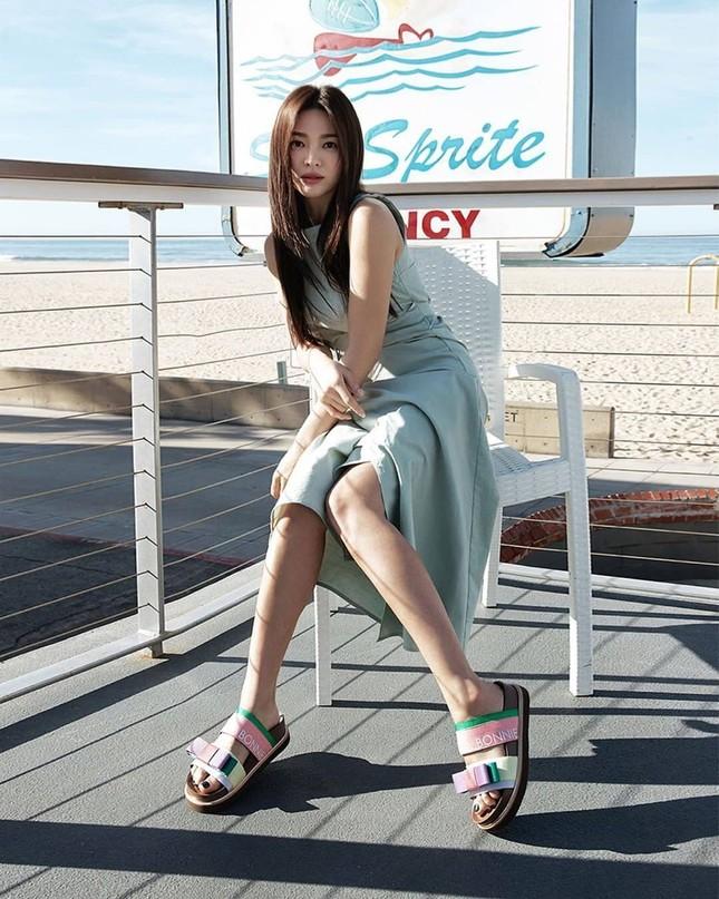 Song Hye Kyo trẻ đẹp tươi tắn ở tuổi 38 khiến các fan trầm trồ ảnh 12