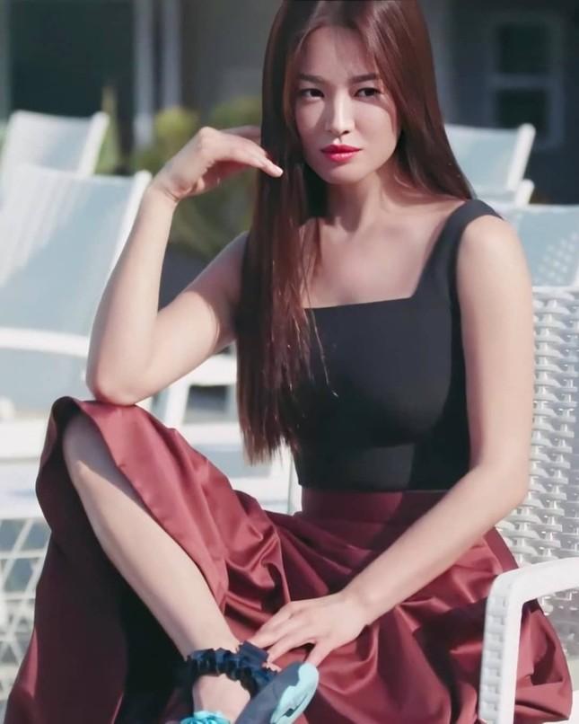 Song Hye Kyo trẻ đẹp tươi tắn ở tuổi 38 khiến các fan trầm trồ ảnh 15
