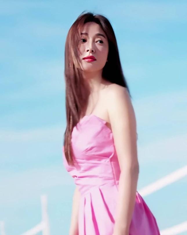 Song Hye Kyo trẻ đẹp tươi tắn ở tuổi 38 khiến các fan trầm trồ ảnh 6