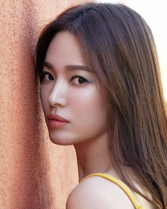 Song Hye Kyo trẻ đẹp tươi tắn ở tuổi 38 khiến các fan trầm trồ ảnh 10
