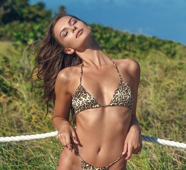 Mê mẩn sắc vóc đẹp tuyệt mỹ của nàng mẫu Nga Nastia Sobol ảnh 3