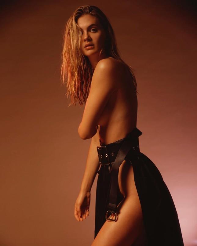 Bóng hồng Anh quốc Megan Williams bán nude quá đỗi gợi cảm ảnh 1