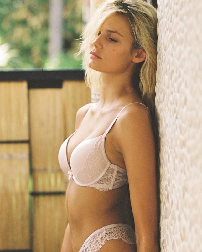 Ngắm ảnh bikini gợi cảm của người đẹp Mỹ Kendall Visser ảnh 14