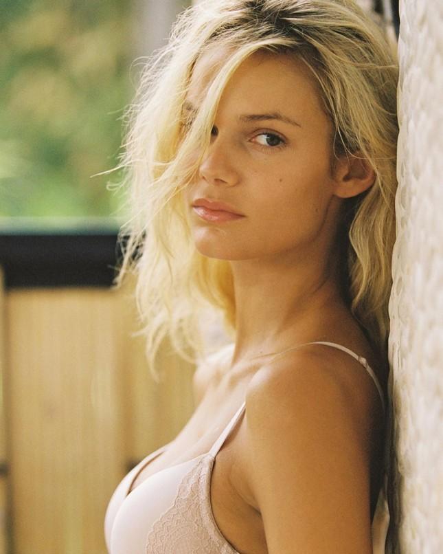 Ngắm ảnh bikini gợi cảm của người đẹp Mỹ Kendall Visser ảnh 15