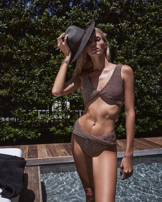 Người mẫu cao 1m80 Devon Windsor diện áo tắm tôn dáng 'vạn người mê' ảnh 6