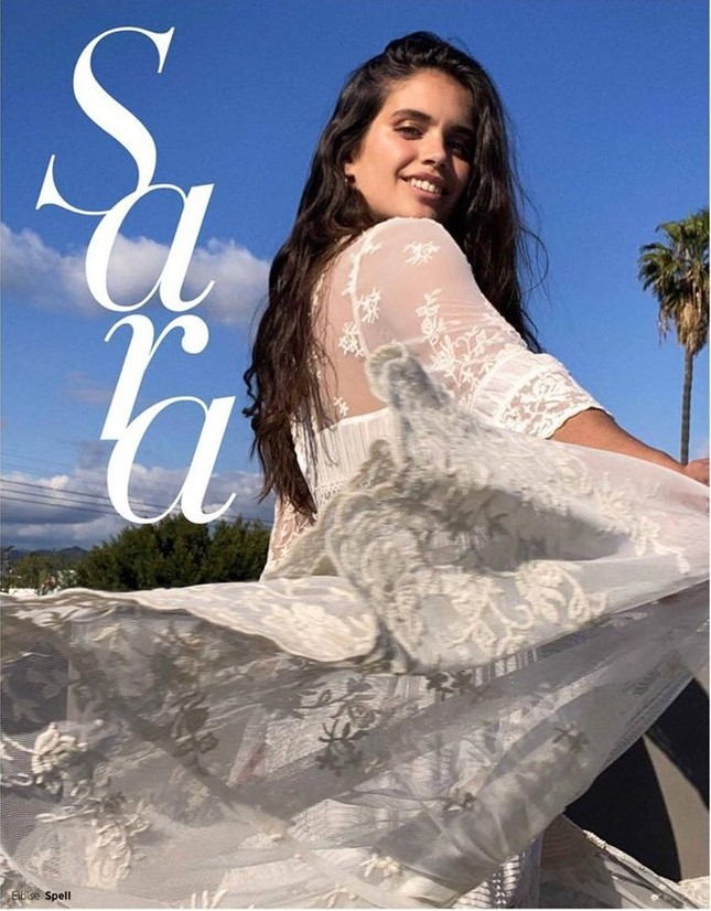 Sắc vóc đậm chất Latin nóng bỏng của mỹ nhân Sara Sampaio ảnh 17