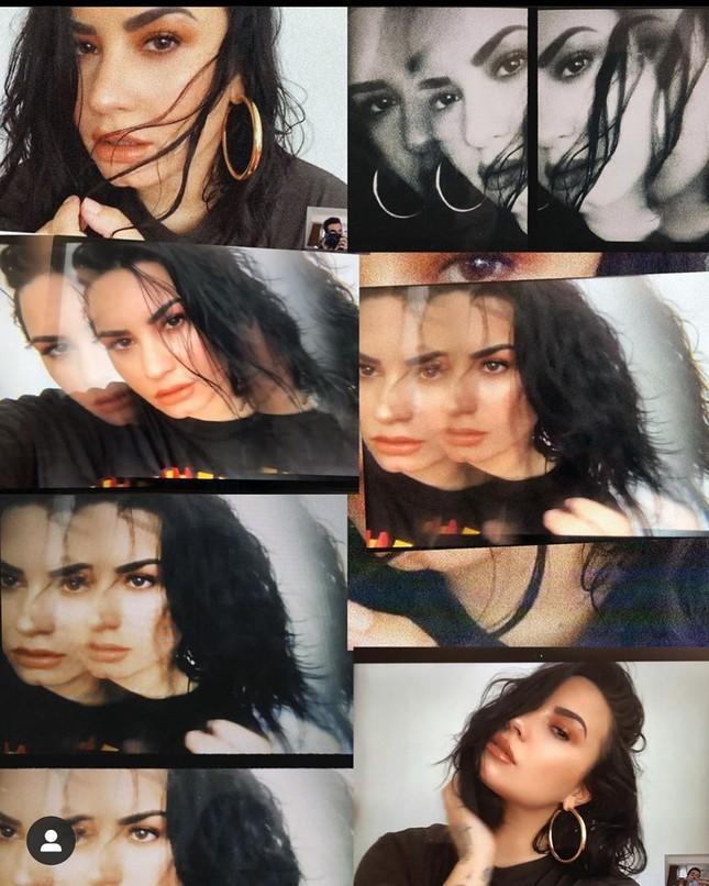 Demi Lovato diện áo bơi tôn 'vòng 1' nảy nở ảnh 4