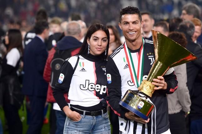Bạn gái Ronaldo vòng 1 tròn đầy, đường cong nảy nở khi tập gym ảnh 7