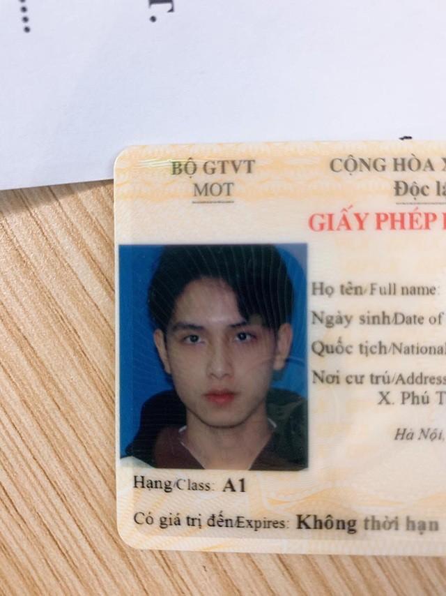 Nam sinh trường Y được mệnh danh là 'hot boy ảnh thẻ' ảnh 1