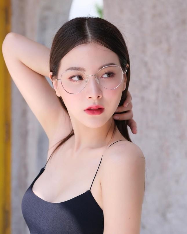 Mỹ nhân Thái phim 'Chiếc lá bay' sắc vóc gợi cảm không tì vết ảnh 2