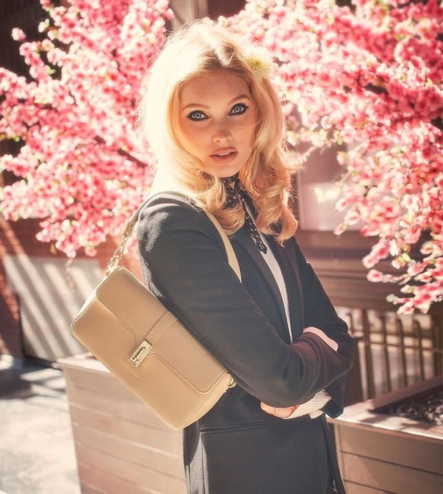 Elsa Hosk xinh đẹp quyến rũ với nhan sắc búp bê ảnh 8
