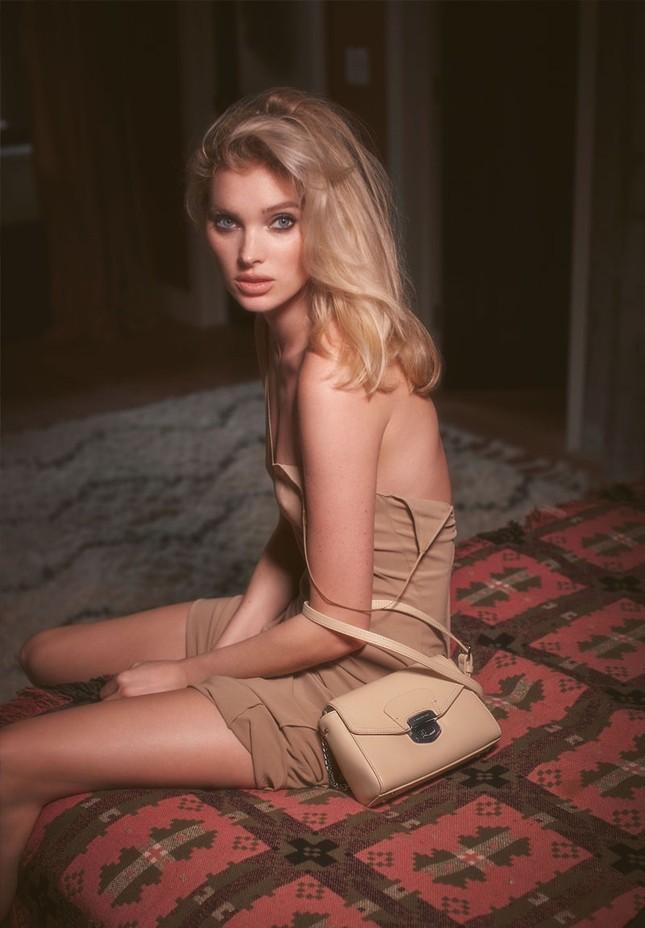 Elsa Hosk xinh đẹp quyến rũ với nhan sắc búp bê ảnh 2
