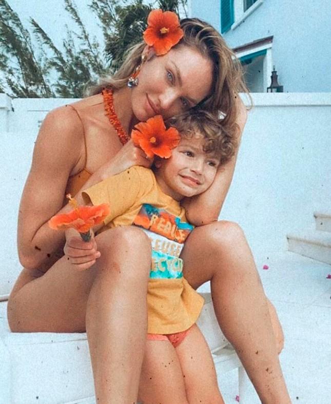 Ngắm đường cong đẹp ngất ngây của thiên thần nội y Candice Swanepoel ảnh 10