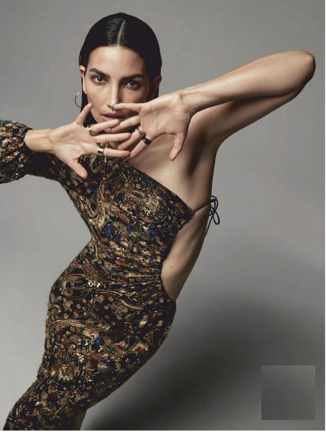 'Chân dài' Lily Aldridge bán nude tôn lưng trần nuột nà ảnh 8