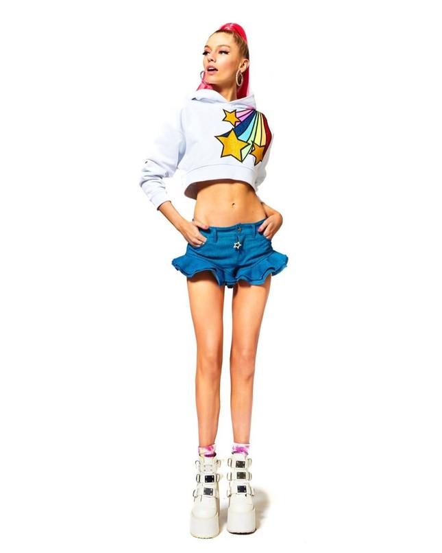 Thiên thần nội y Stella Maxwell body 'cực phẩm' như búp bê Barbie sống ảnh 7