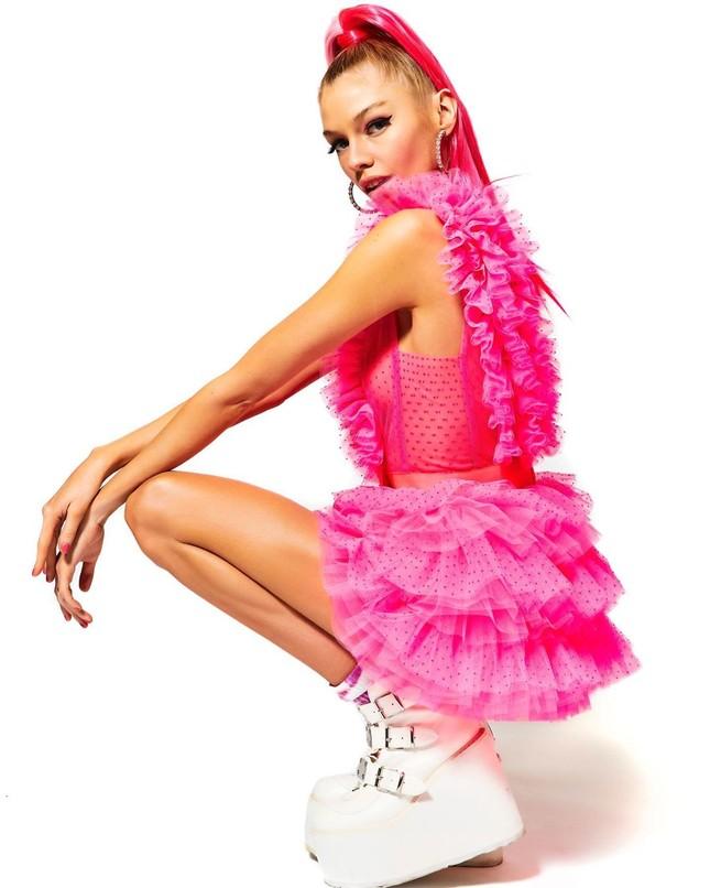Thiên thần nội y Stella Maxwell body 'cực phẩm' như búp bê Barbie sống ảnh 4