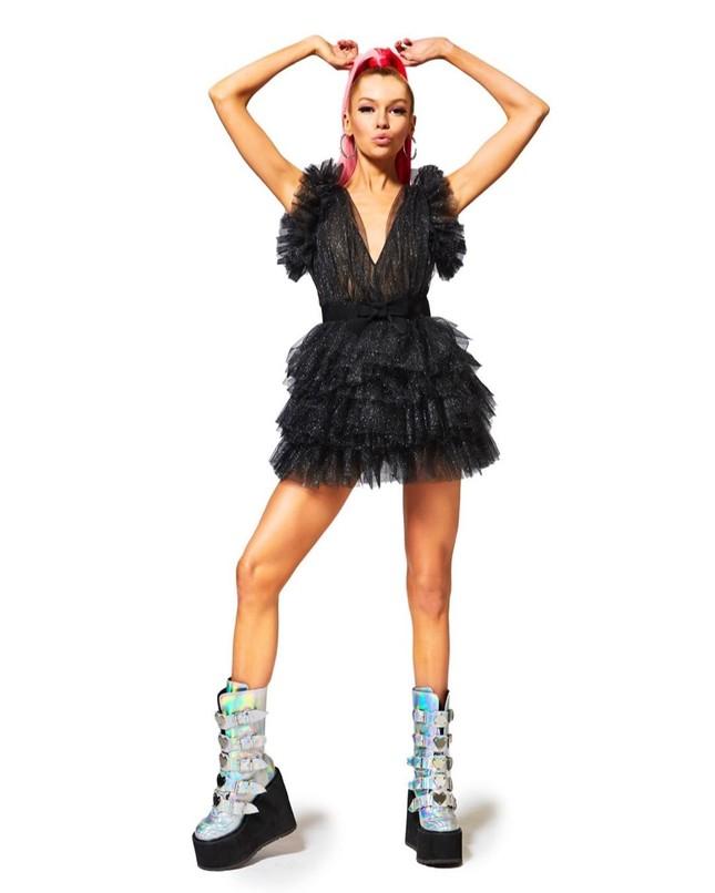 Thiên thần nội y Stella Maxwell body 'cực phẩm' như búp bê Barbie sống ảnh 18
