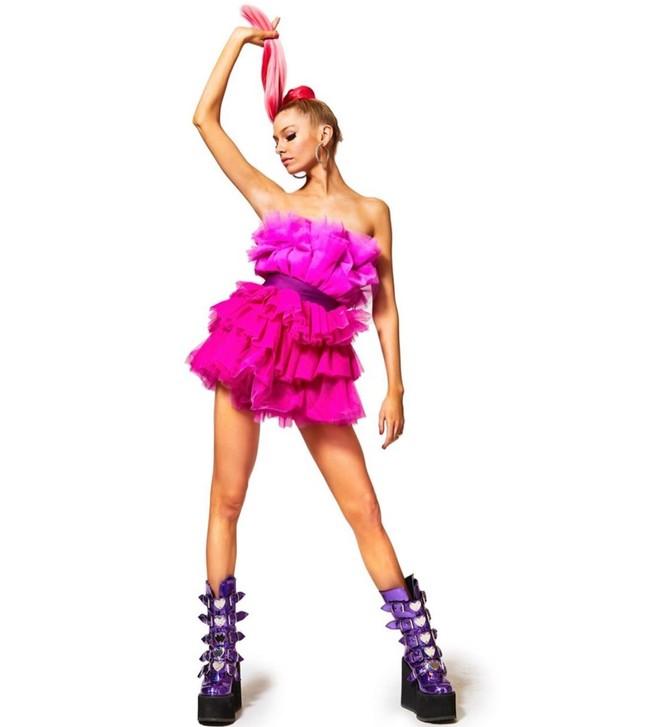Thiên thần nội y Stella Maxwell body 'cực phẩm' như búp bê Barbie sống ảnh 2