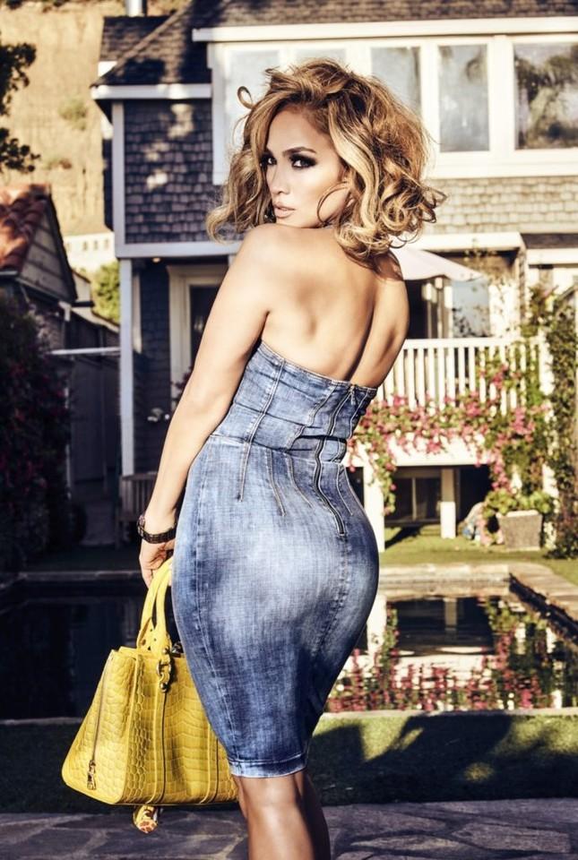 Ba vòng nóng bỏng, Jennifer Lopez rạng ngời xuân sắc ở tuổi 50 ảnh 4