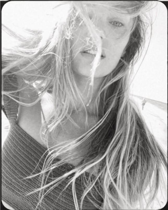 Candice Swanepoel mặt mộc vẫn quá đẹp với body siêu gợi cảm ảnh 13