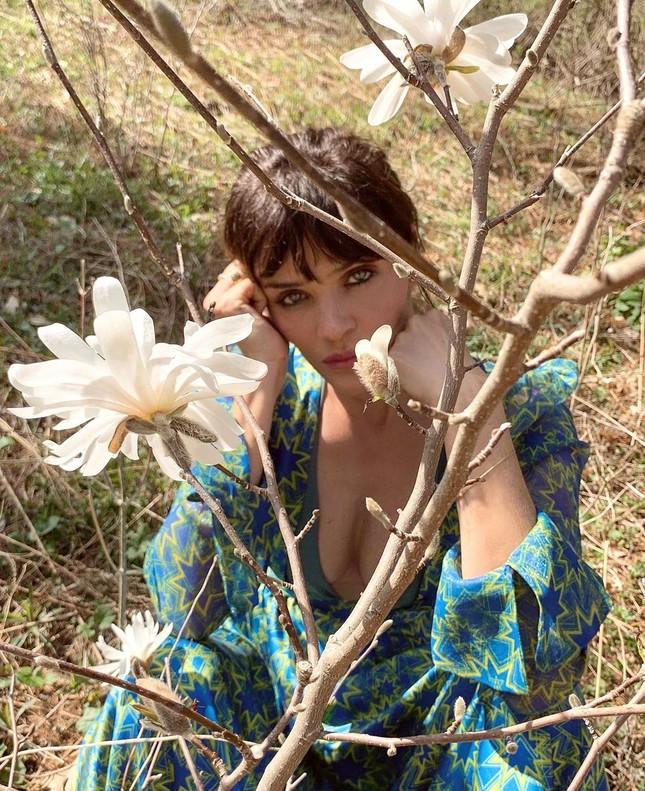 Cựu thiên thần nội y Helena Christensen dáng đẹp 'nảy lửa' ảnh 15