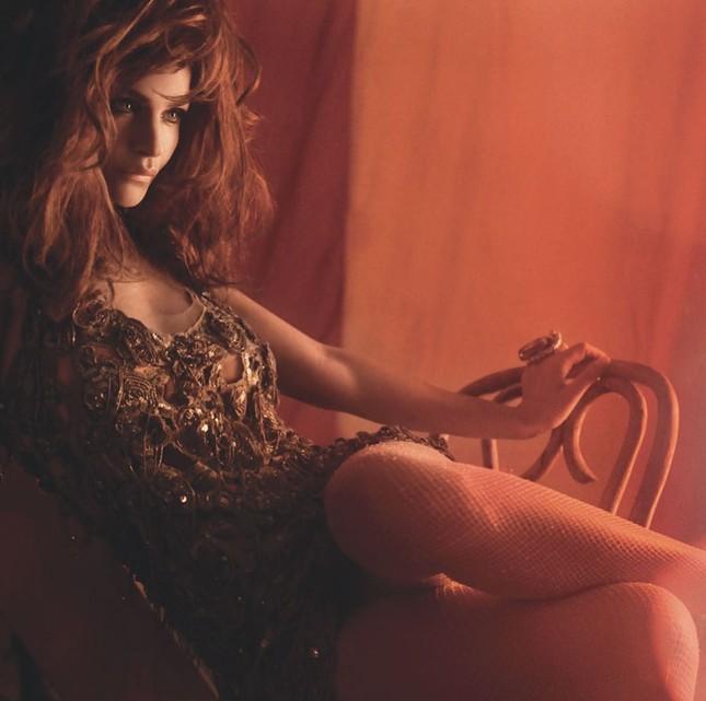 Cựu thiên thần nội y Helena Christensen dáng đẹp 'nảy lửa' ảnh 21