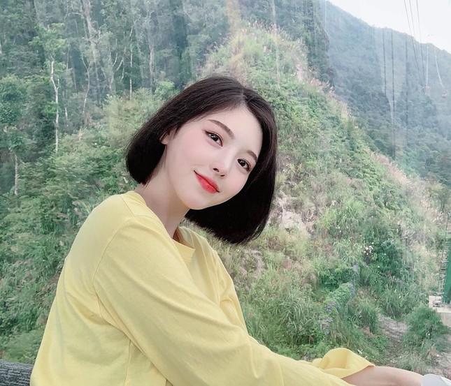 Được gọi là 'thực thần', cô gái ham ăn xứ Hàn vẫn rất xinh đẹp và thon thả ảnh 7