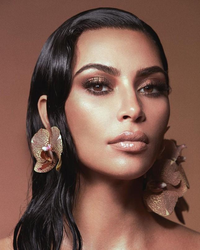 Kim Kardashian tung clip eo nhỏ khó tin hút triệu view ảnh 7