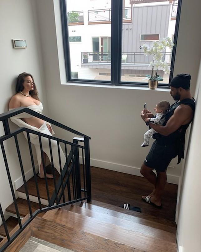 Người mẫu béo Ashley Graham nóng bỏng sau sinh ảnh 3