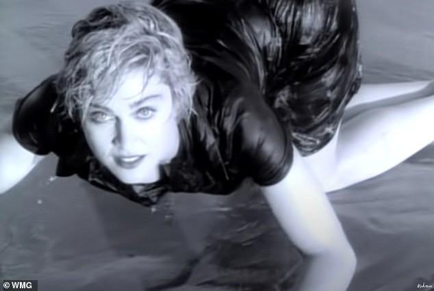 Con gái 9x của Madonna siêu quyến rũ căng đầy sức sống ảnh 1