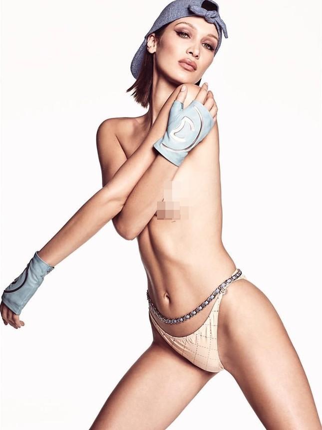 Bella Hadid bán nude 'rực lửa' ảnh 4