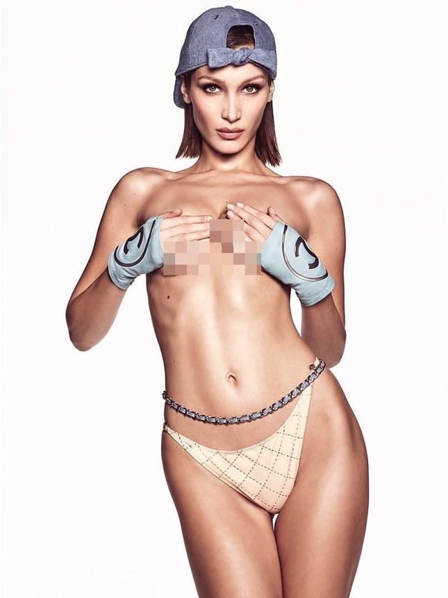 Bella Hadid bán nude 'rực lửa' ảnh 3