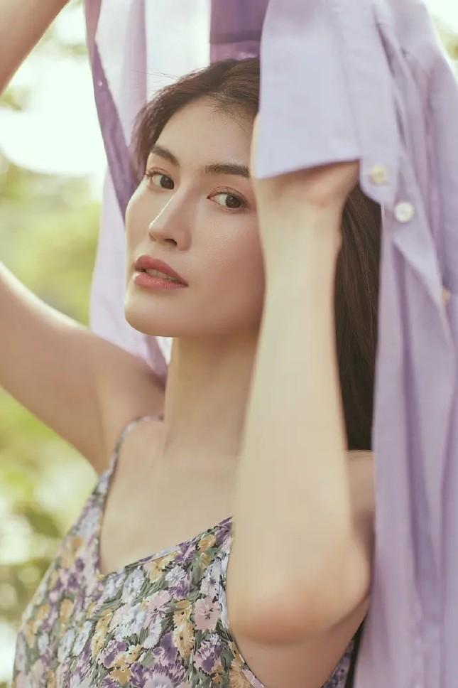 Sắc vóc gợi cảm, nhan sắc cuốn hút của người mẫu nội y gốc Hoa ảnh 5