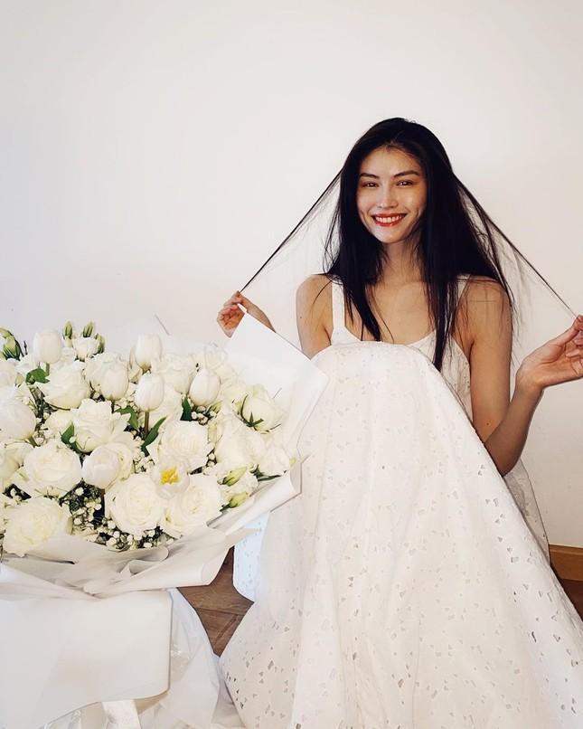 Sắc vóc gợi cảm, nhan sắc cuốn hút của người mẫu nội y gốc Hoa ảnh 10