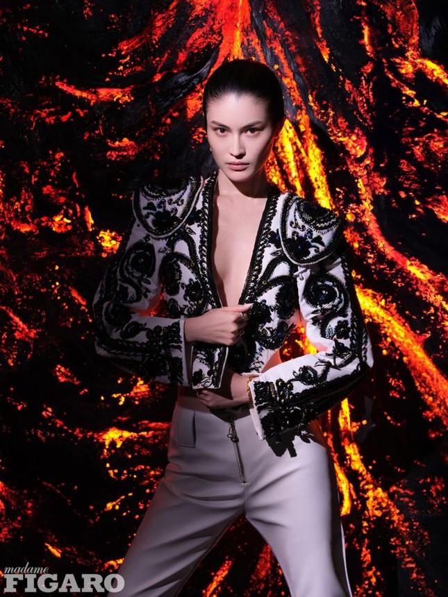 Sắc vóc gợi cảm, nhan sắc cuốn hút của người mẫu nội y gốc Hoa ảnh 17