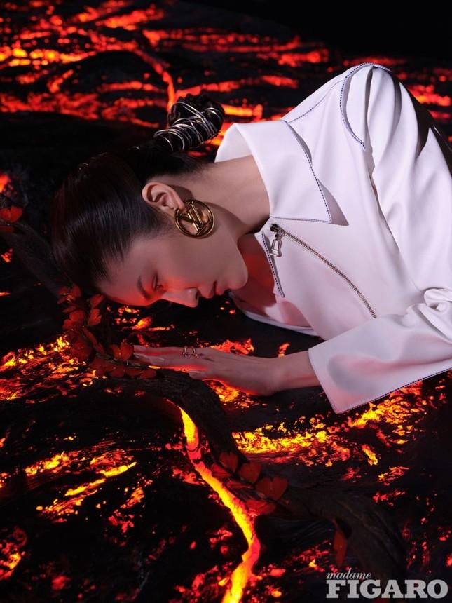 Sắc vóc gợi cảm, nhan sắc cuốn hút của người mẫu nội y gốc Hoa ảnh 18
