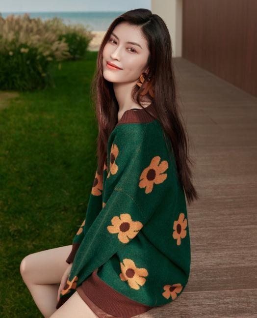 Sắc vóc gợi cảm, nhan sắc cuốn hút của người mẫu nội y gốc Hoa ảnh 12